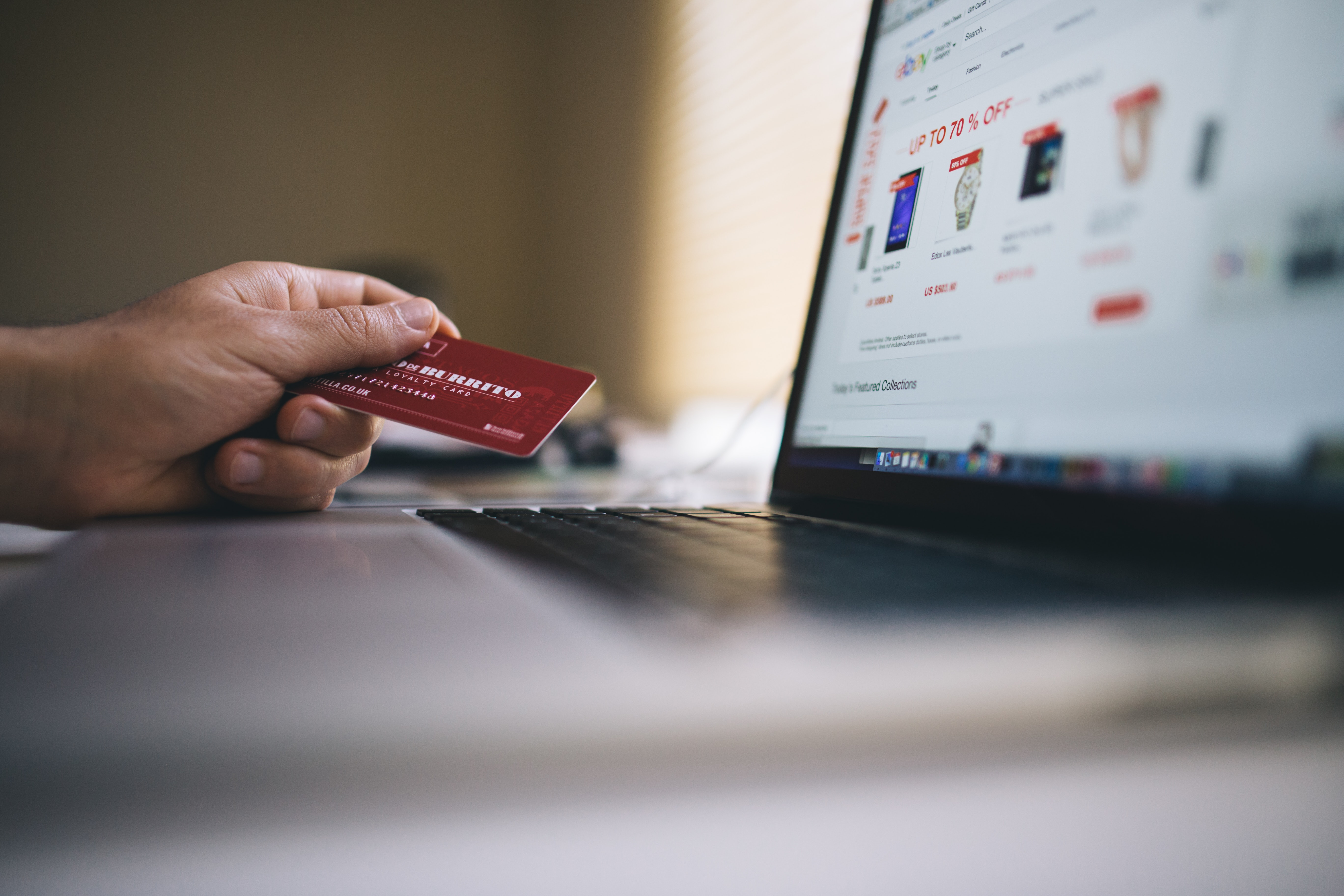 11 Mind Tricks by E-Commerce Marketers to make you Buy